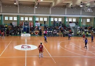 Futbol femenino sala zaragoza Txantrea
